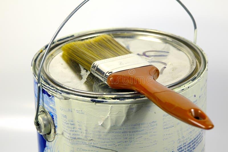Pintura e escova imagens de stock