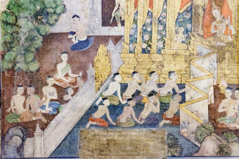 Pintura mural antiga de templo budista da vida da Buda dentro de Wat Pho em Banguecoque, Tailândia foto de stock royalty free