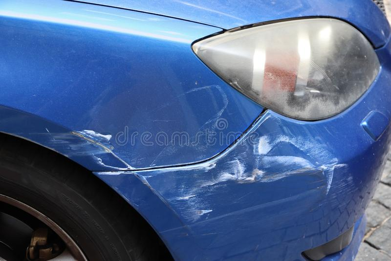 Pintura riscada do carro fotografia de stock