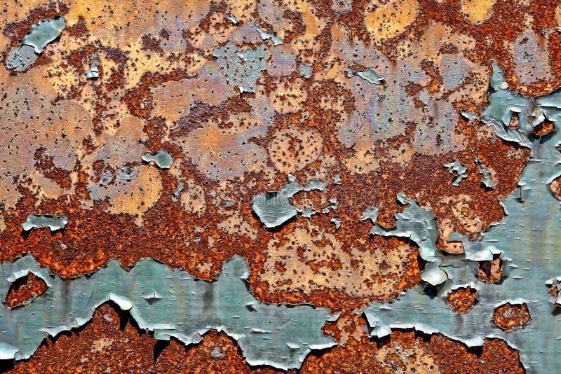 Pintura velha da casca no fundo oxidado de Grunge do metal imagens de stock
