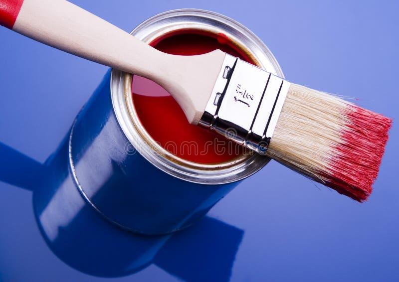 Pintura y cepillo imágenes de archivo libres de regalías