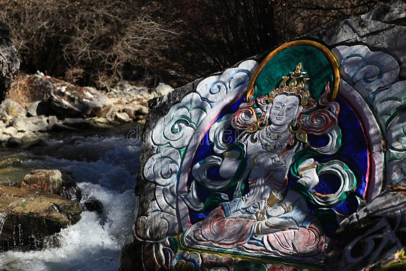 Pinturas budistas na reserva natural yading, Sichuan foto de stock