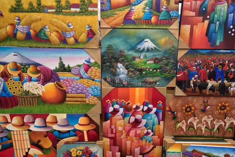 Pinturas coloridas indígenas en Otavalo Ecuador imagen de archivo