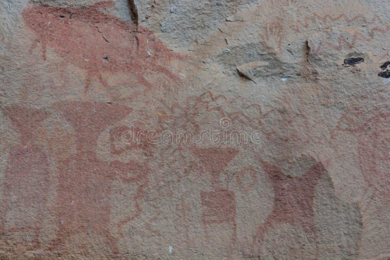 Pinturas de 3.000 años del acantilado fotografía de archivo libre de regalías