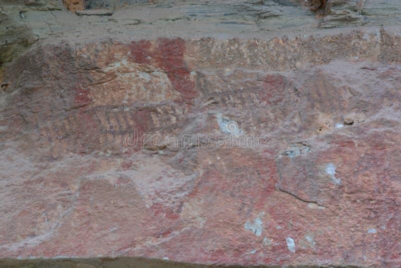 Pinturas de 3.000 años del acantilado foto de archivo