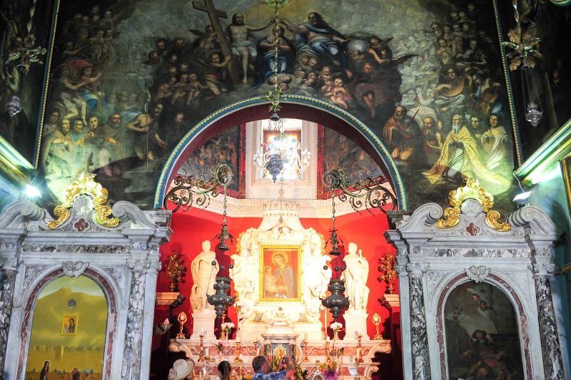 Pinturas de la iglesia en nuestra señora de la isla de la roca en Kotor imagen de archivo libre de regalías