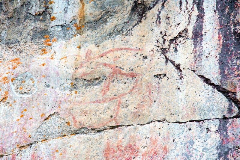 Pinturas de la roca en Astuvansalmi, Finlandia imagen de archivo libre de regalías
