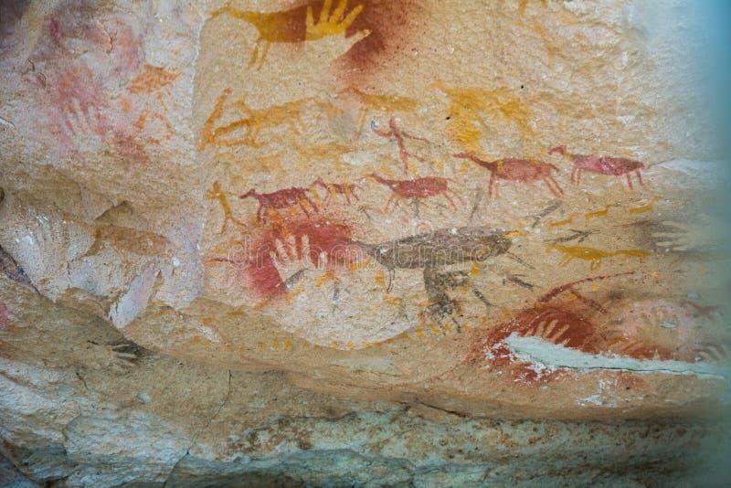 Pinturas en cuevas de Cueva de las Manos foto de archivo libre de regalías