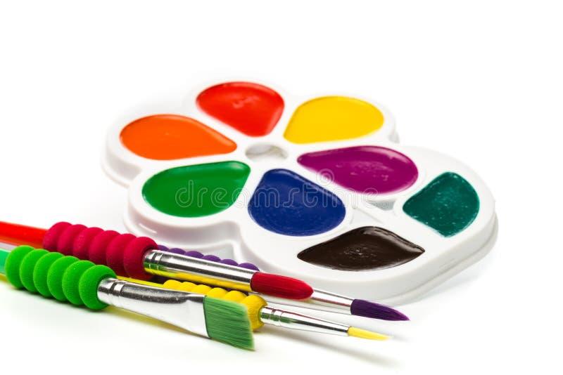 Pinturas Multicolour no branco, guache, escova imagem de stock royalty free