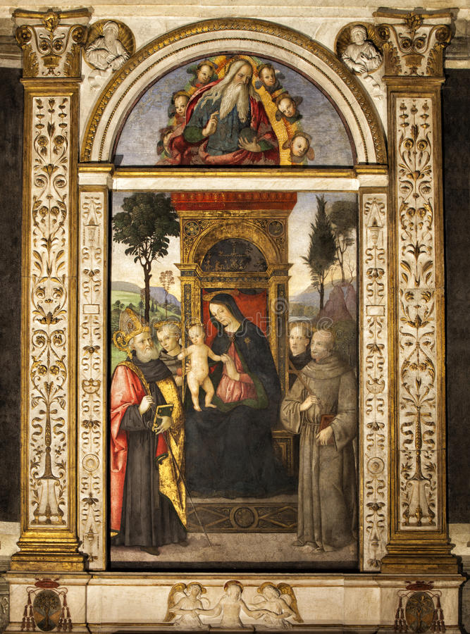 Pinturicchio Madonna y niño entronizados con los santos Santa Maria del Popolo Ventanas viejas hermosas en Roma (Italia) imagenes de archivo