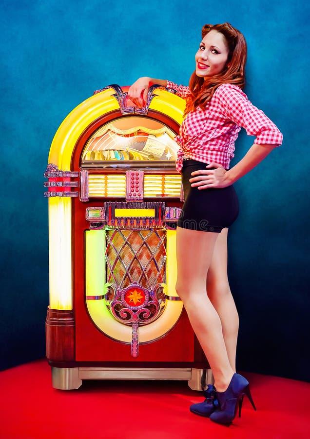Pinup e jukebox foto de stock royalty free