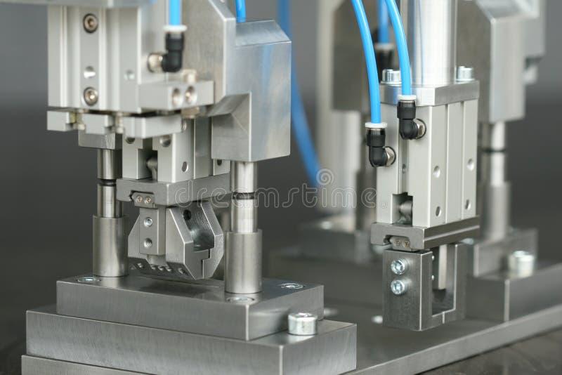 Pinza di presa del robot immagini stock