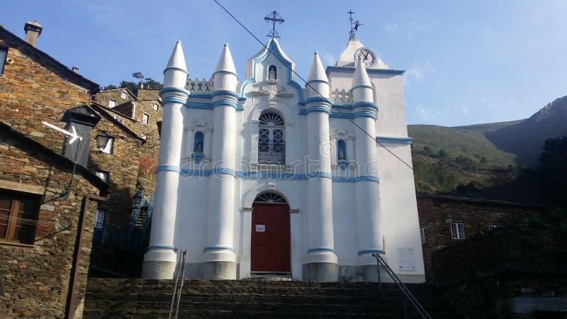 Piodão-Kirche lizenzfreie stockbilder