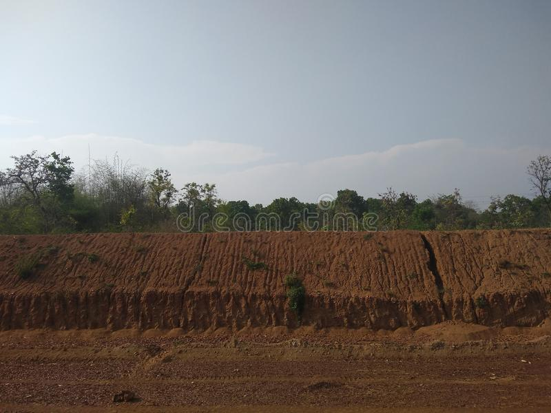 Pioggia arancio del suolo cutted immagine stock