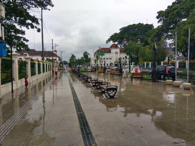 Pioggia, città fotografia stock