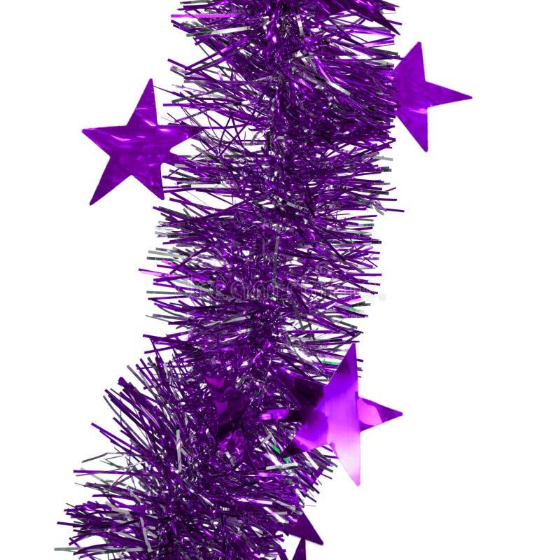 Pioggia della decorazione di Natale su fondo isolato bianco immagini stock