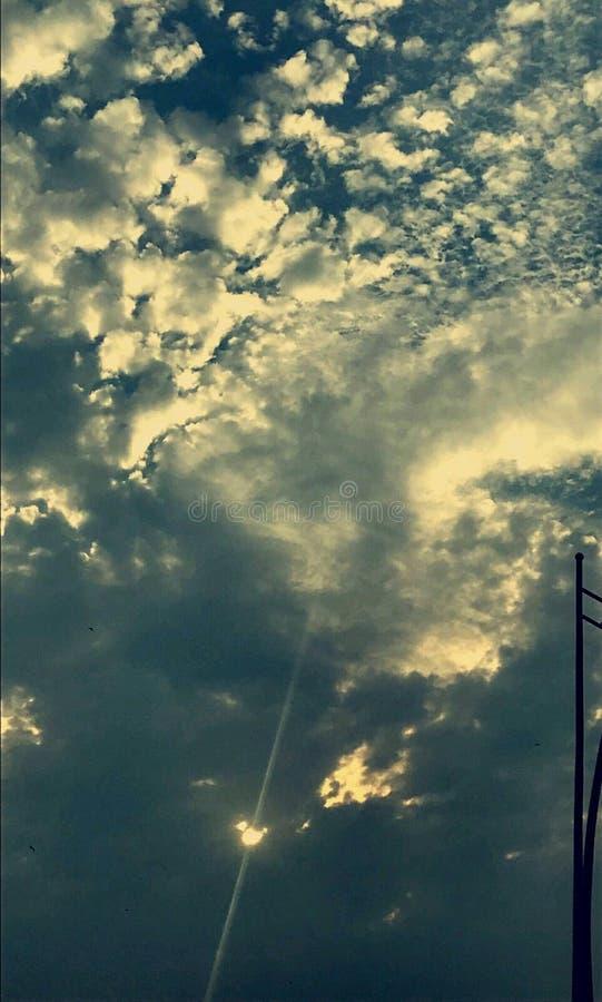 Pioggia dopo il cielo fotografie stock libere da diritti