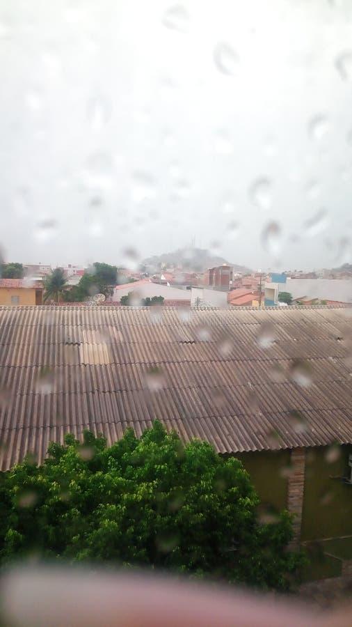 Pioggia nel cielo immagine stock libera da diritti