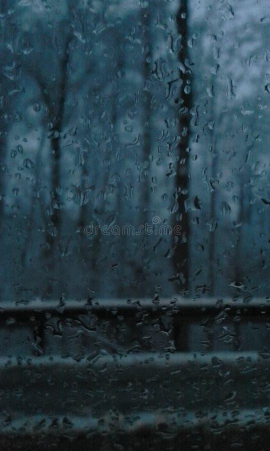 Pioggia scura immagini stock libere da diritti