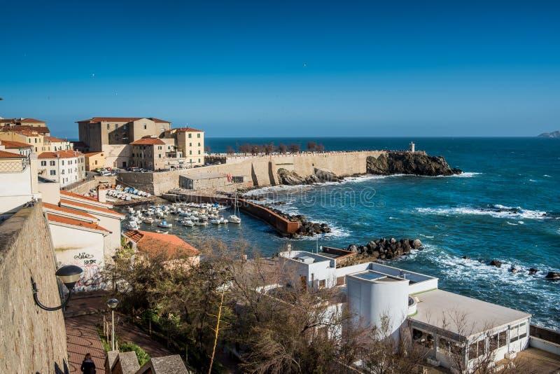 Piombino, Toskana, Italien - Hafen stockfoto