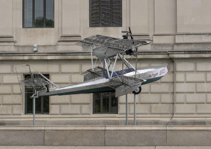 Pionier-Flugzeuge Budd BB-1 vor Franklin Institute, Philadelphia, Pennsylvania stockbilder