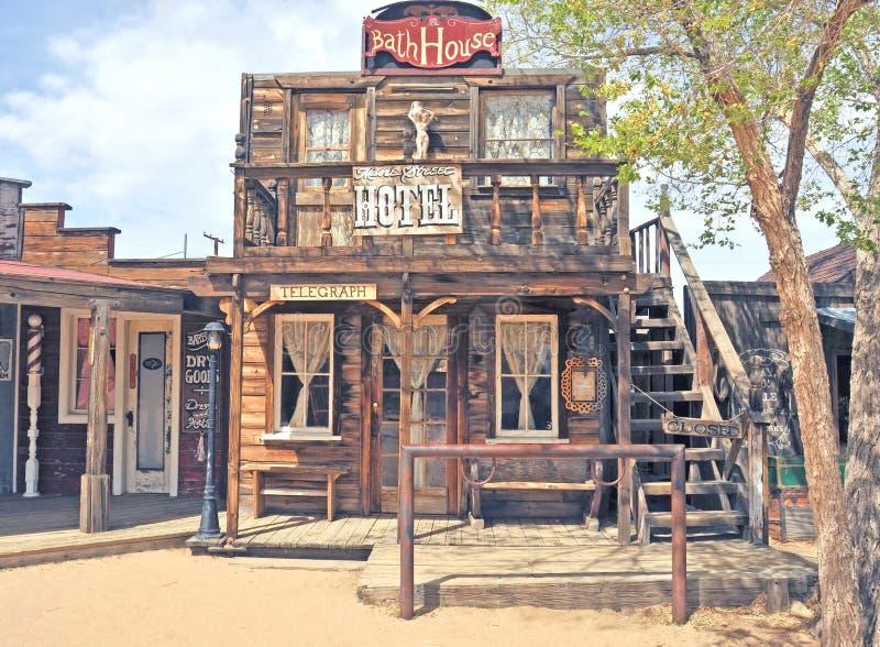 Pionierski miasteczko: Hotel & skąpanie dom zdjęcie stock