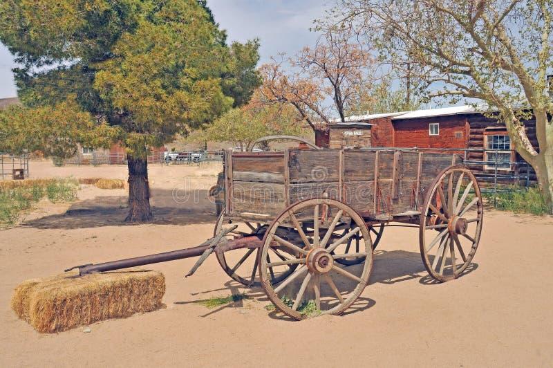 Pionierski miasteczko: Koń Rysujący Frachtowy furgon fotografia stock