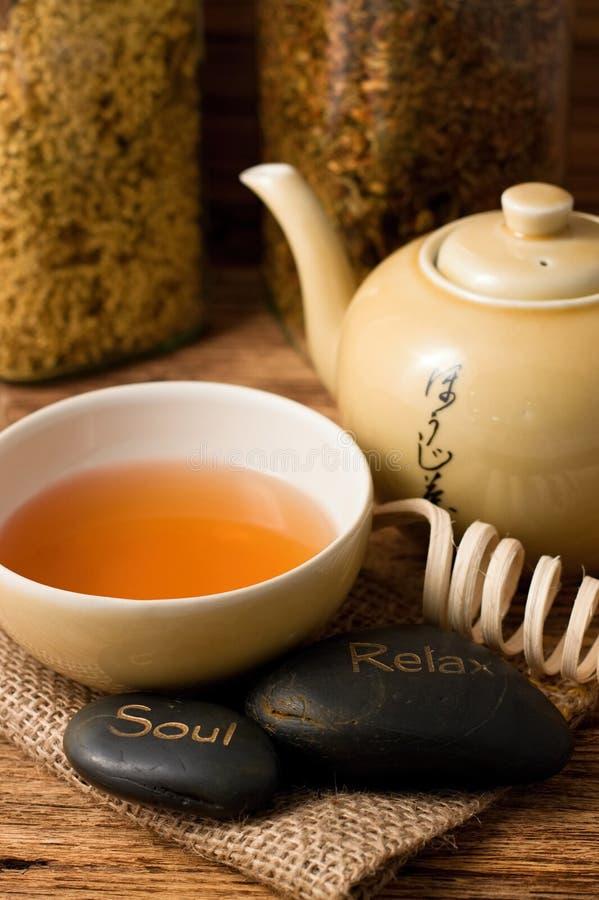 Pionowo fotografia orientalni herbaciani setu i lawy kamienie obrazy royalty free