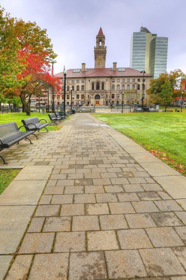 Pionowo widok urząd miasta w Worcester, Massachusetts fotografia stock