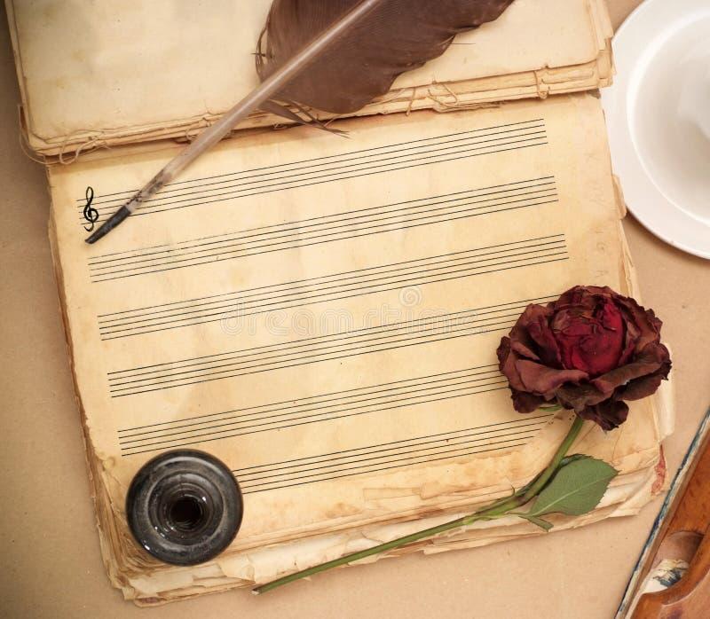 Download Piosenka miłosna zdjęcie stock. Obraz złożonej z melodia - 12190656