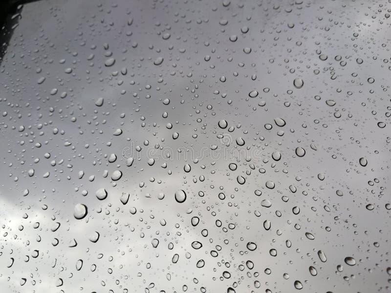 Piova le gocce immagini stock libere da diritti