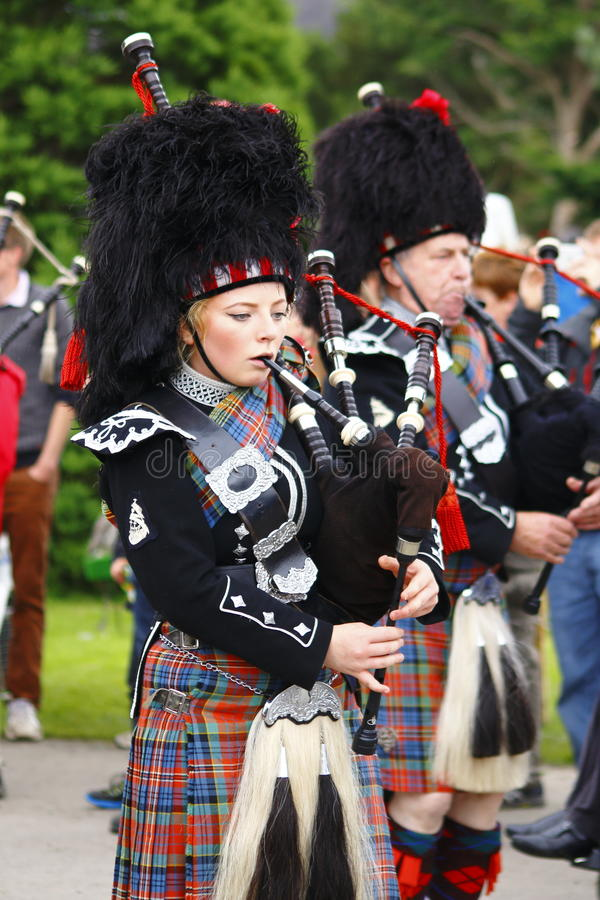 Free Pipe Band Woman At Newtonmore Highland Games Royalty Free Stock Photography - 80156307