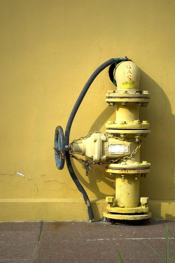 Download Pipe de gaz image stock. Image du soupapes, automobile - 737727