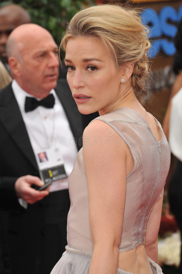 Download Piper Perabo editorial stock image. Image of hotel, beverly - 23574759