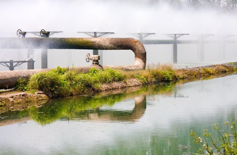 Pipes de système de demande de règlement d'eaux d'égout photo libre de droits