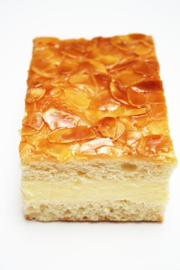 piqûre de gâteau d'abeille photo libre de droits
