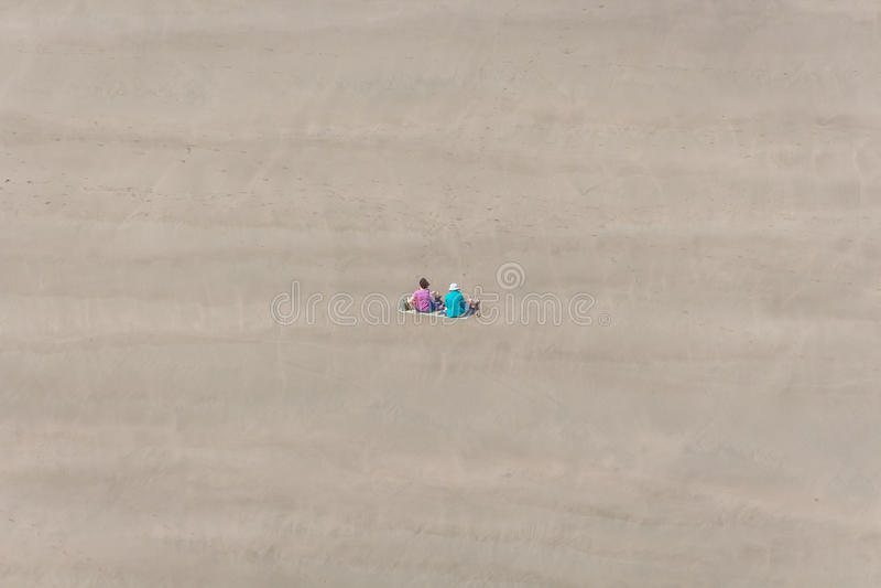Piquenique da praia foto de stock royalty free