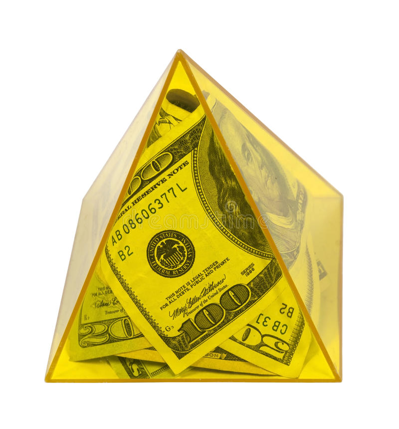 Pirámide amarilla de la potencia del dinero fotos de archivo libres de regalías