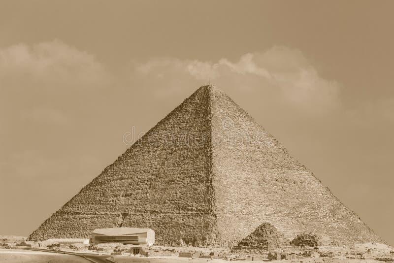 Pirámide de Cheops en Giza imagen de archivo