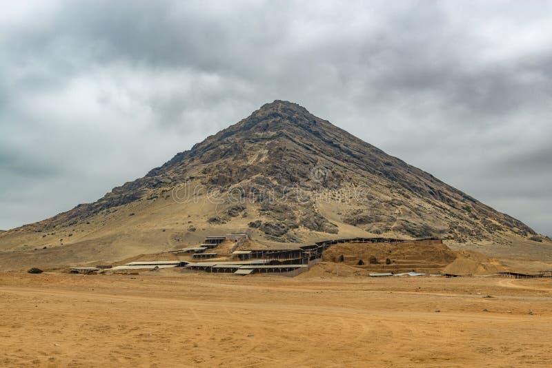 Pirámide de la civilización de Moche, Perú de la luna imagen de archivo libre de regalías