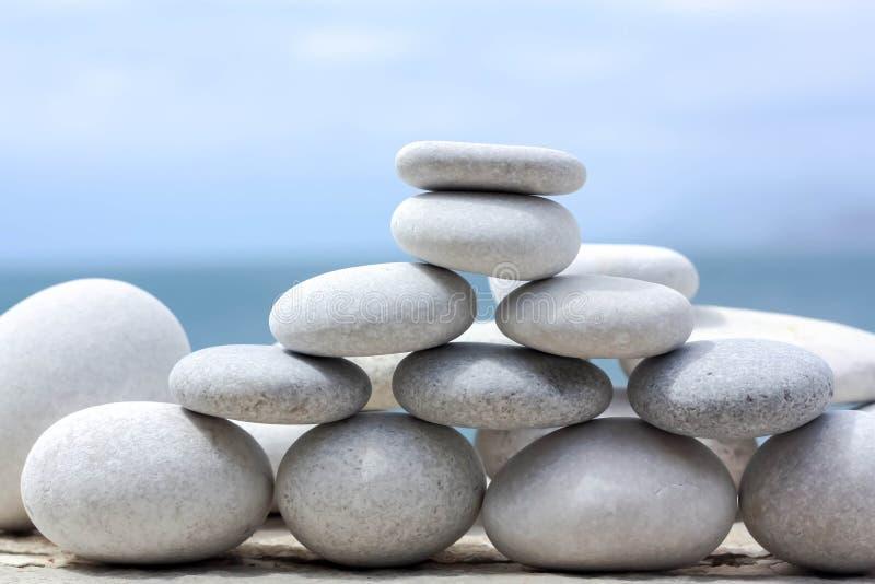 Pirámide de la estrategia y de la jerarquía imagen de archivo