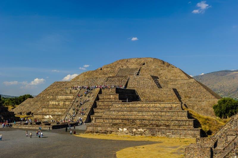Pirámide de la luna fotos de archivo