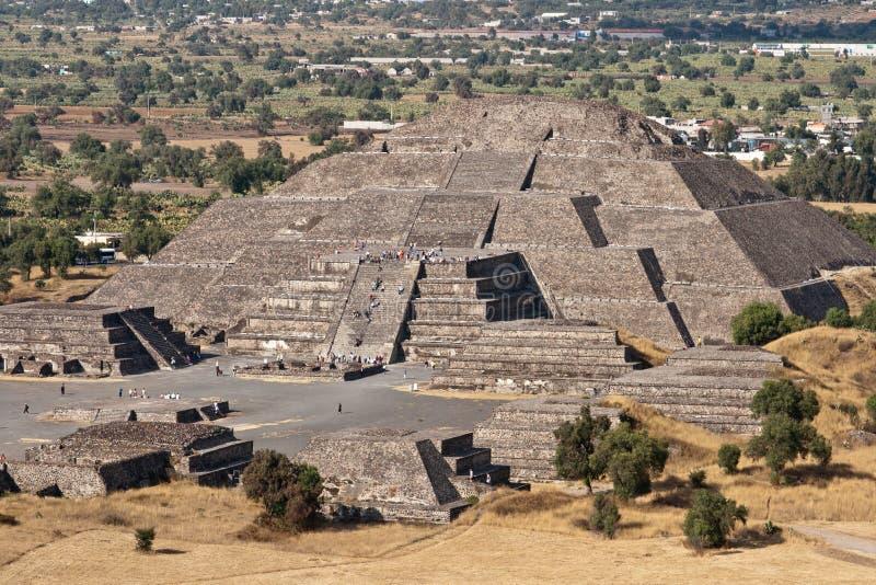 Pirámide de la luna. Teotihuacan, México imagen de archivo