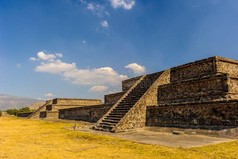 Pirámide de la luna, Teotihuacan, México imagenes de archivo