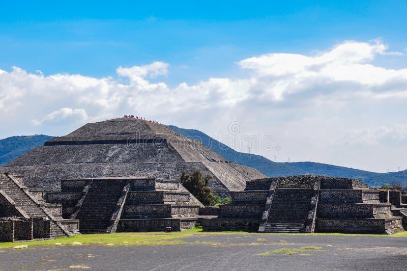 Pirámide de la luna, Teotihuacan, ruinas aztecas, México imagen de archivo libre de regalías