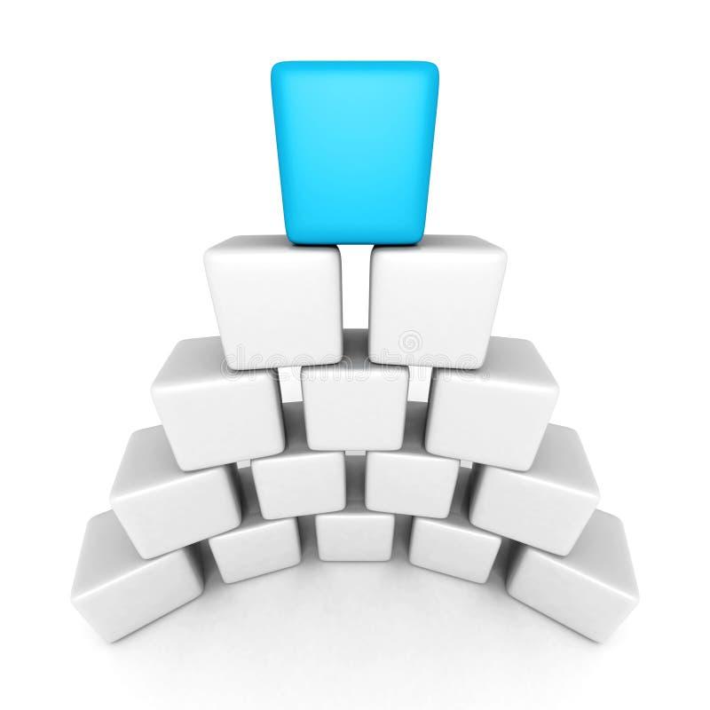 Pirámide del bloque del cubo con el jefe máximo azul imagen de archivo