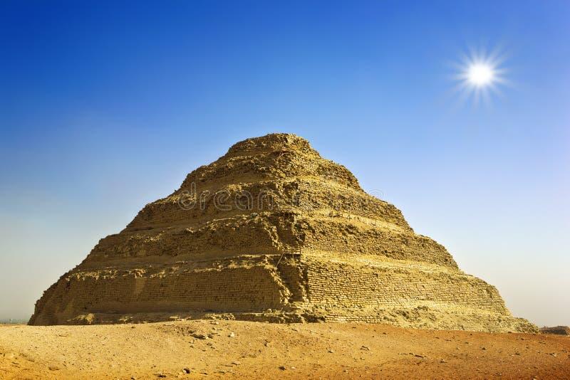 Pirámide del paso de Djoser imagenes de archivo