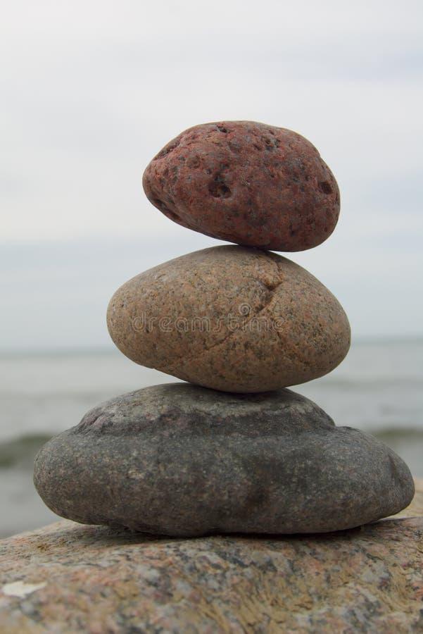 Pirámide del zen fotografía de archivo libre de regalías