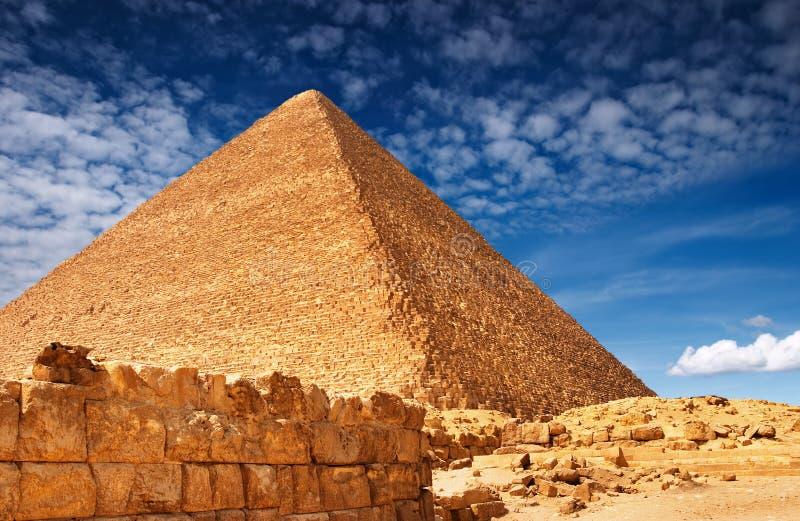 Pirámide egipcia fotos de archivo