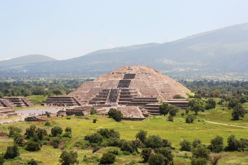 Pirámide en teotihuacan, México de la luna fotografía de archivo
